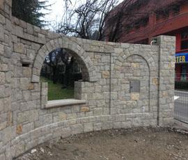 Pilastri in pietra di Lusernao