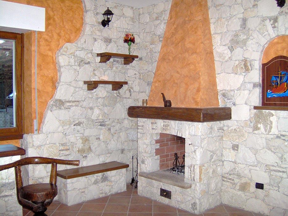 L era della pietra lavorazioni - Pietre per interno casa ...