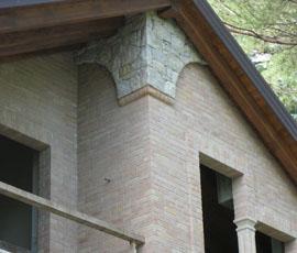 Muri e particolari in pietra di Saltrio, posa finto secco